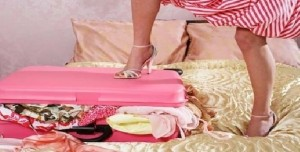 Women-luggage_B_10_8_2013